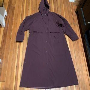 LL Bean women's Trench Coat size Medium Petite